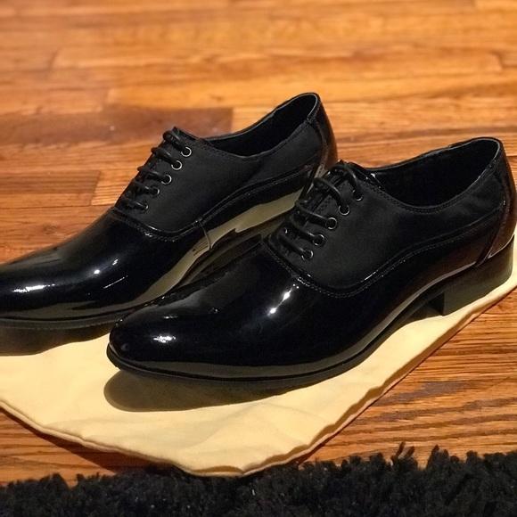aaa1fd07c05 Louis Vuitton Other - LV MENS DRESS SHOE 👞
